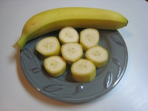 01_banana_whole_sliced