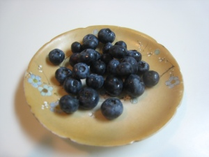 01_blueberries_one_ounce_plated